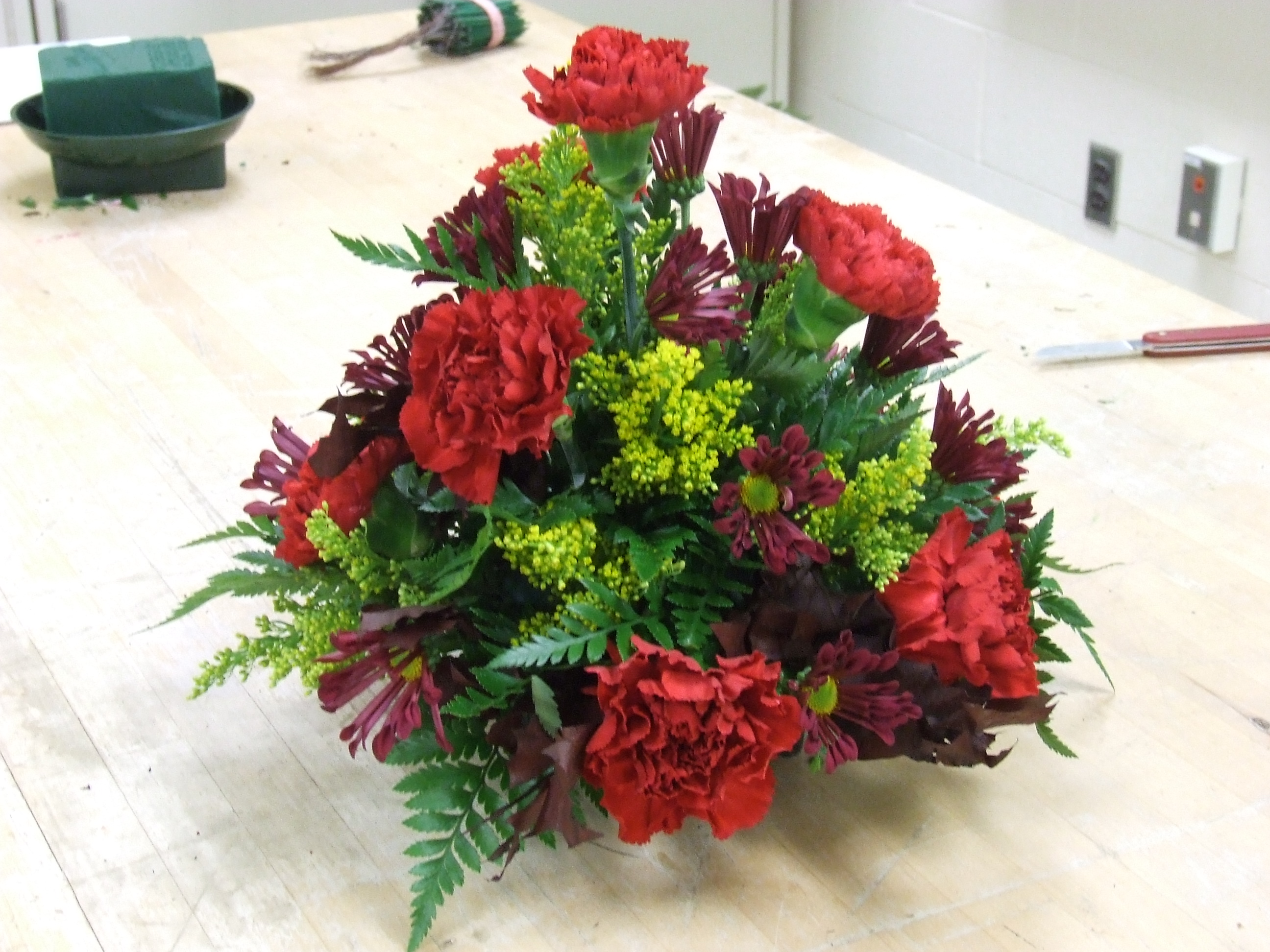 Floral design class…round centerpiece tim latimer