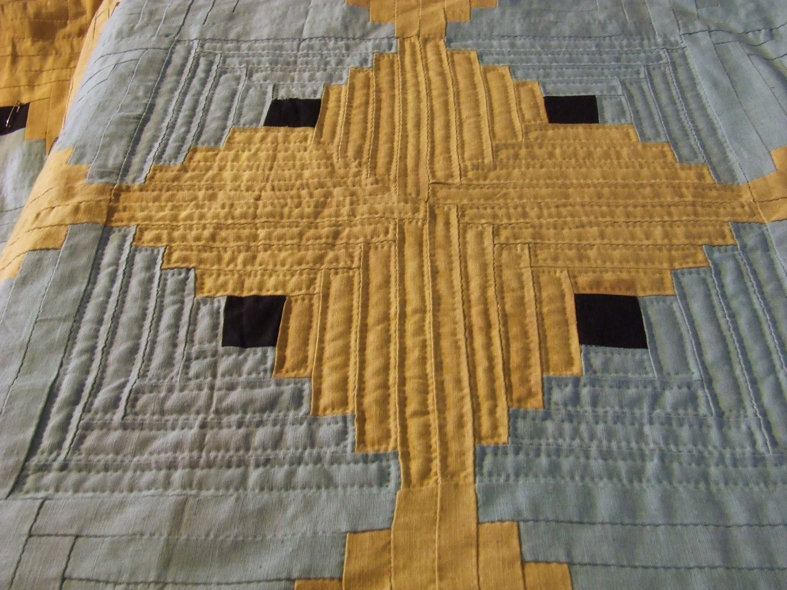Log Cabin Quilt …the hand quilting begins | Tim Latimer - Quilts etc