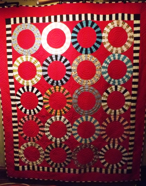 finished Ring Quilt 5-15-13 008