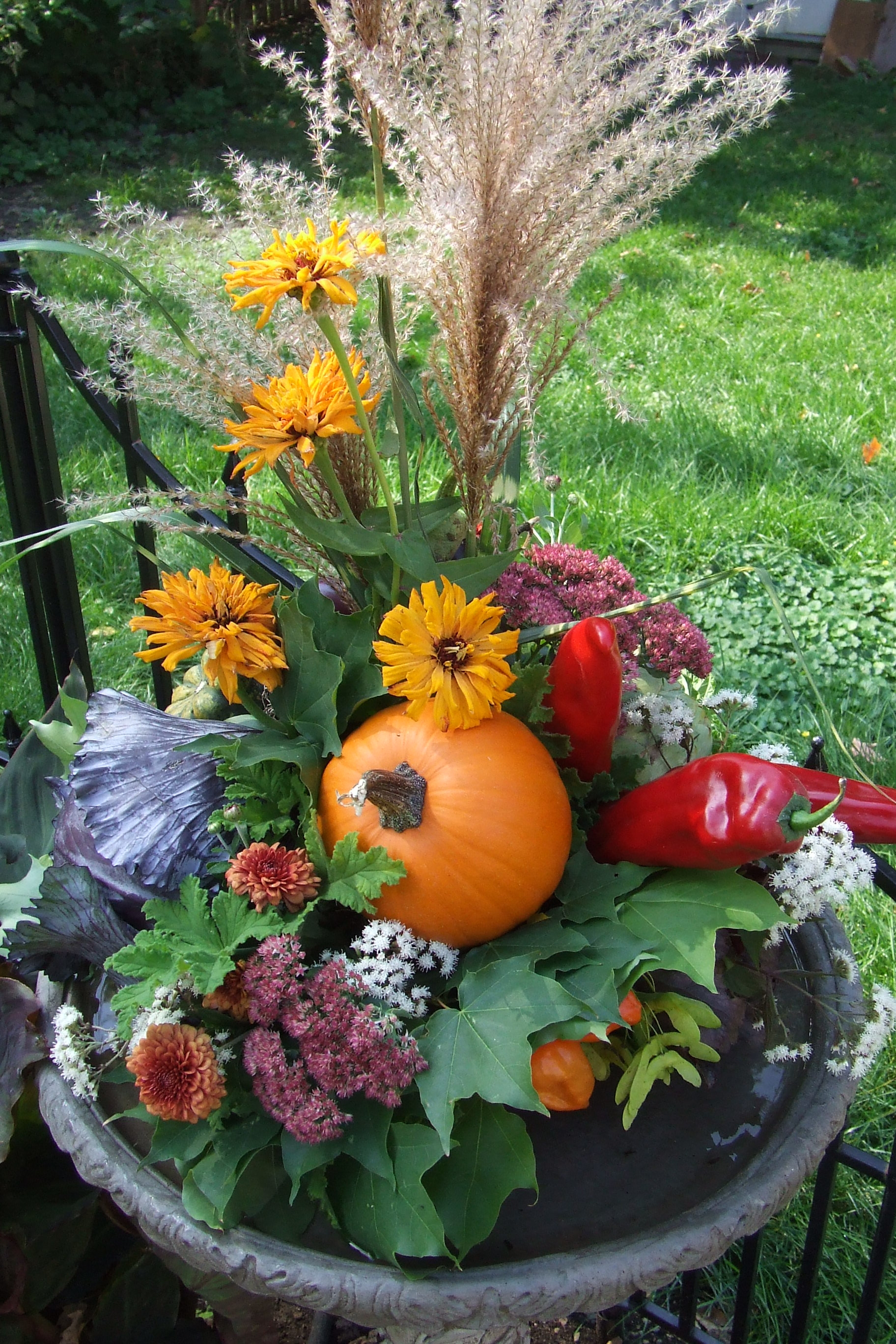 Vegetables are beautiful tim latimer quilts etc for Beautiful vegetable garden designs