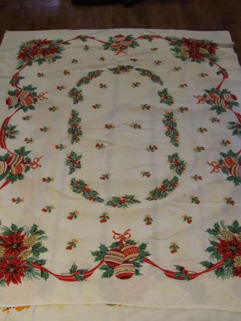 Vintage table cloth christmas quilt tim latimer for 12 days of christmas table cloth