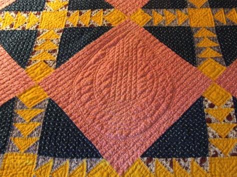 2012_0311lyre-quilt0025