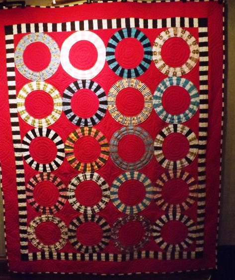 finished Ring Quilt 5-15-13 001