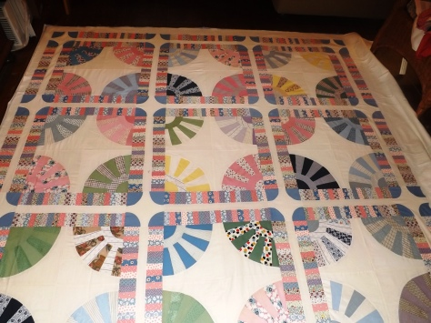 gears start of quilting 5-29-13 004