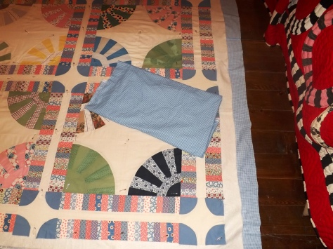 gears start of quilting 5-29-13 006