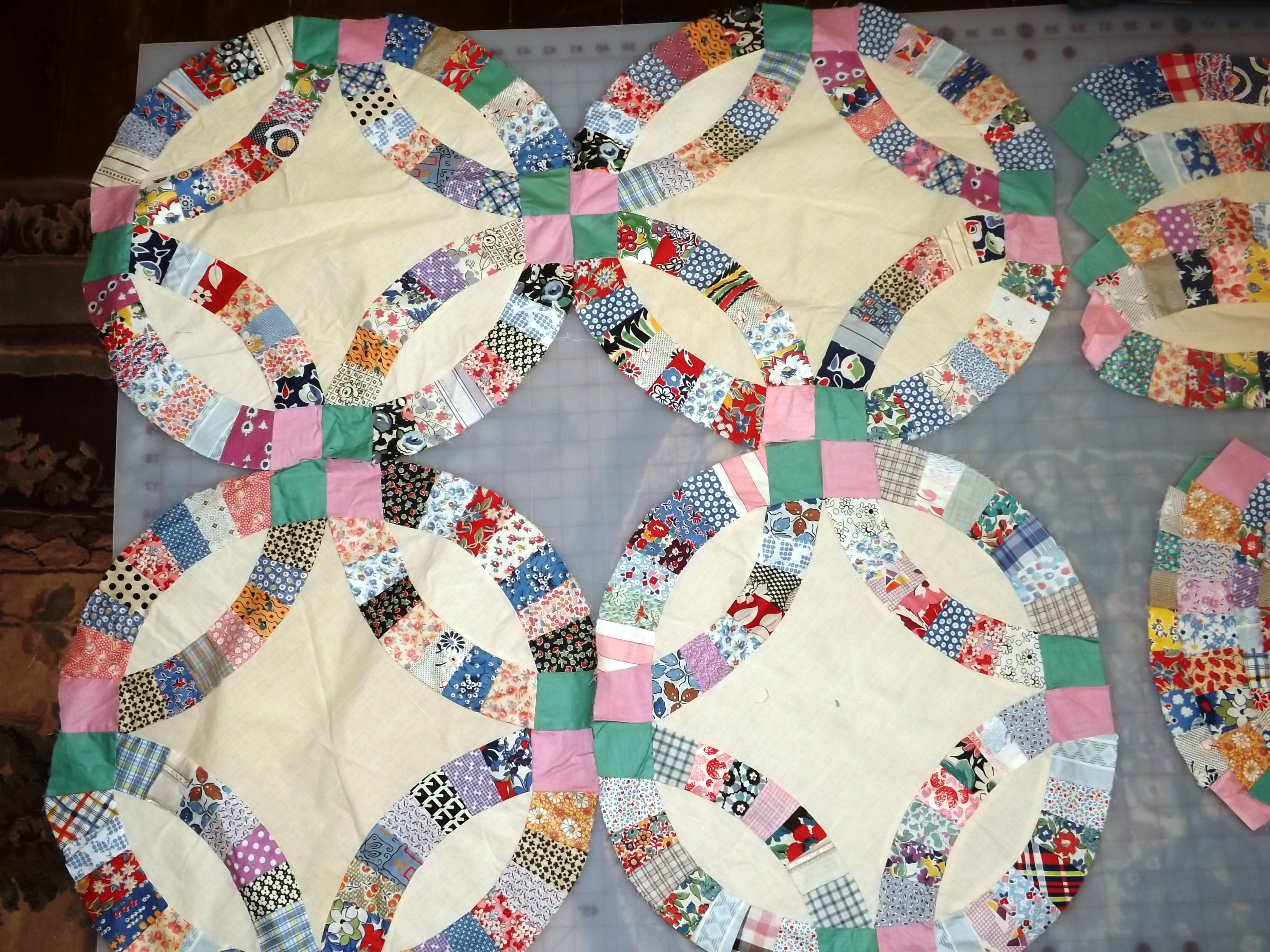 double wedding ring   Tim Latimer - Quilts etc