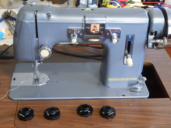 Stones And A Sewing Machine Tim Latimer Quilts Etc Impressive Pfaff 30 Sewing Machine History